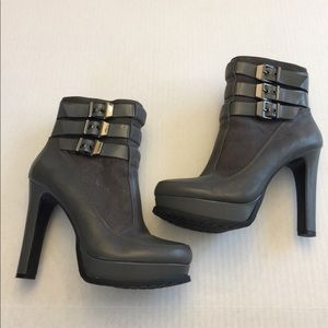 New Gianni🌷Bini5 In Grey Leather Ankle Boots Sz 8